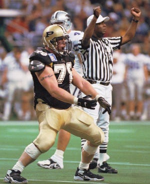 Purdue tackles Matt Light gets pumped up and celebrates a first half Boilermaker TD at the 1998 Alamo Bowl.