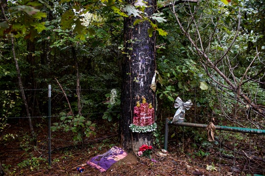 September 27 2018 - The spot where Jessica Chambers was burned alive in her car is seen during the third day of the retrial of Quinton Tellis on Thursday. Tellis is charged with burning 19-year-old Jessica Chambers to death almost four years ago on Dec. 6, 2014. Tellis has pleaded not guilty to the murder.