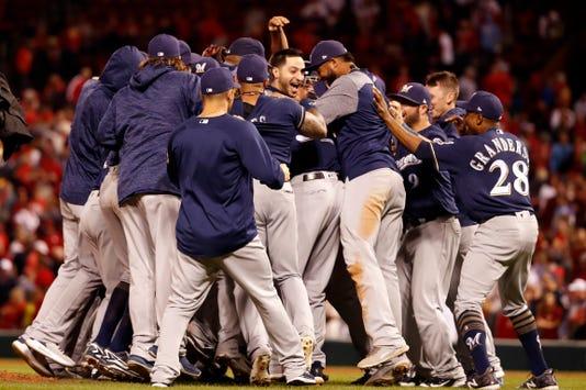 Ap Brewers Cardinals Baseball 1