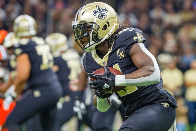 New Orleans Saints running back Alvin Kamara runs the ball during an NFL football game against the Cleveland Browns in New Orleans, Sunday, Sept. 16, 2018.