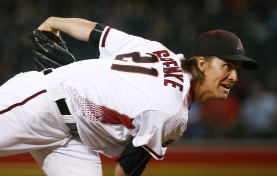 Arizona Diamondbacks pitcher Zack Greinke throws to the Los Angeles Dodgers in the first inning on Sep. 26, 2018, at Chase Field in Phoenix, Ariz.