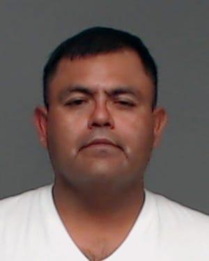 Arrest photo of Mario Alberto Nunez