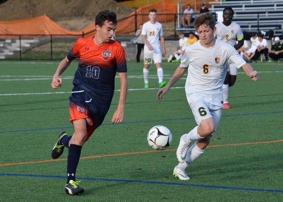 Greeley midfielder Jake Cronin (10) turns the corner against Lakeland defender Jake Cohen.