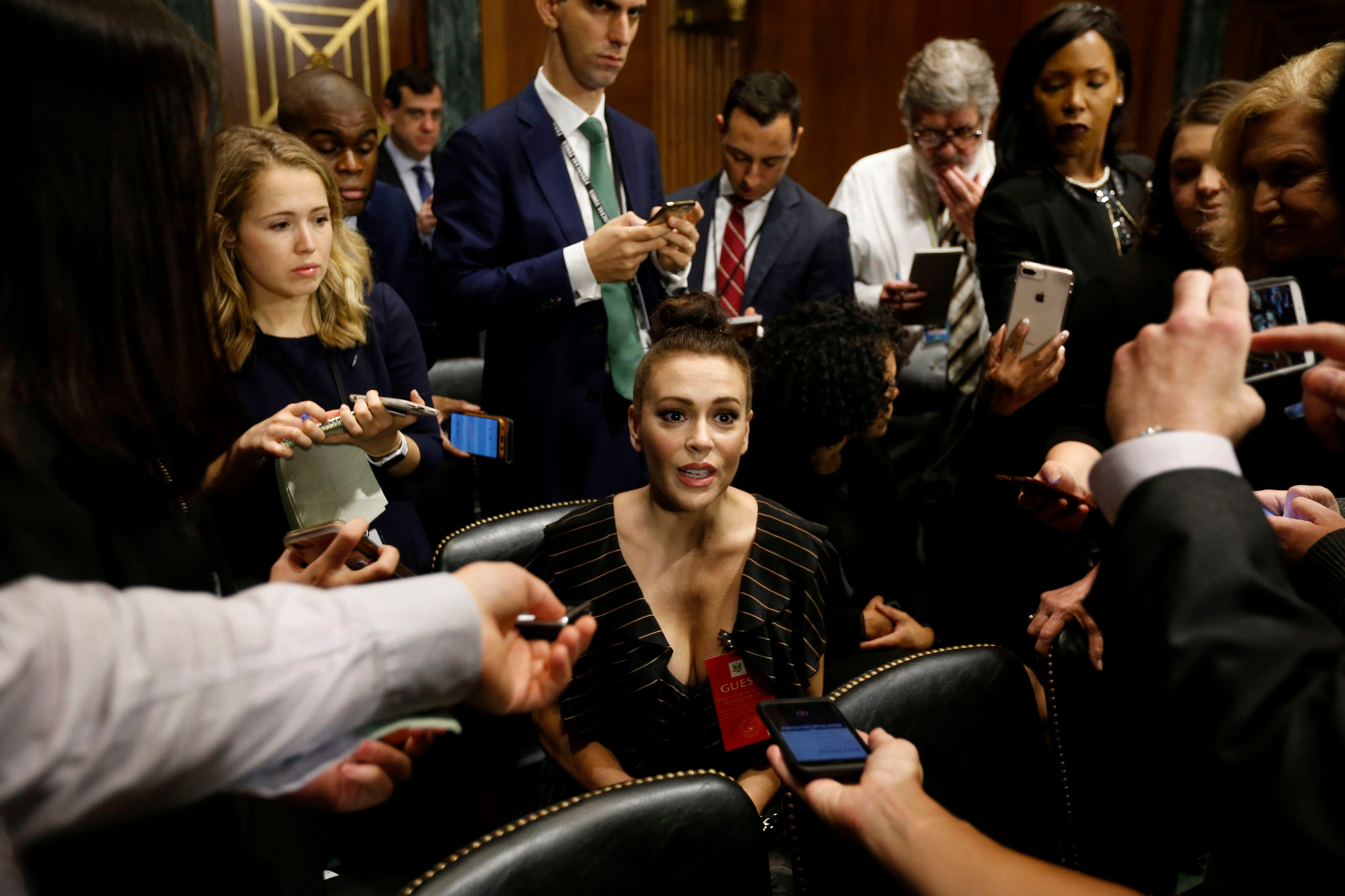 Alyssa Milano: 'I did not have my phone confiscated' at Ford/Kavanaugh hearing