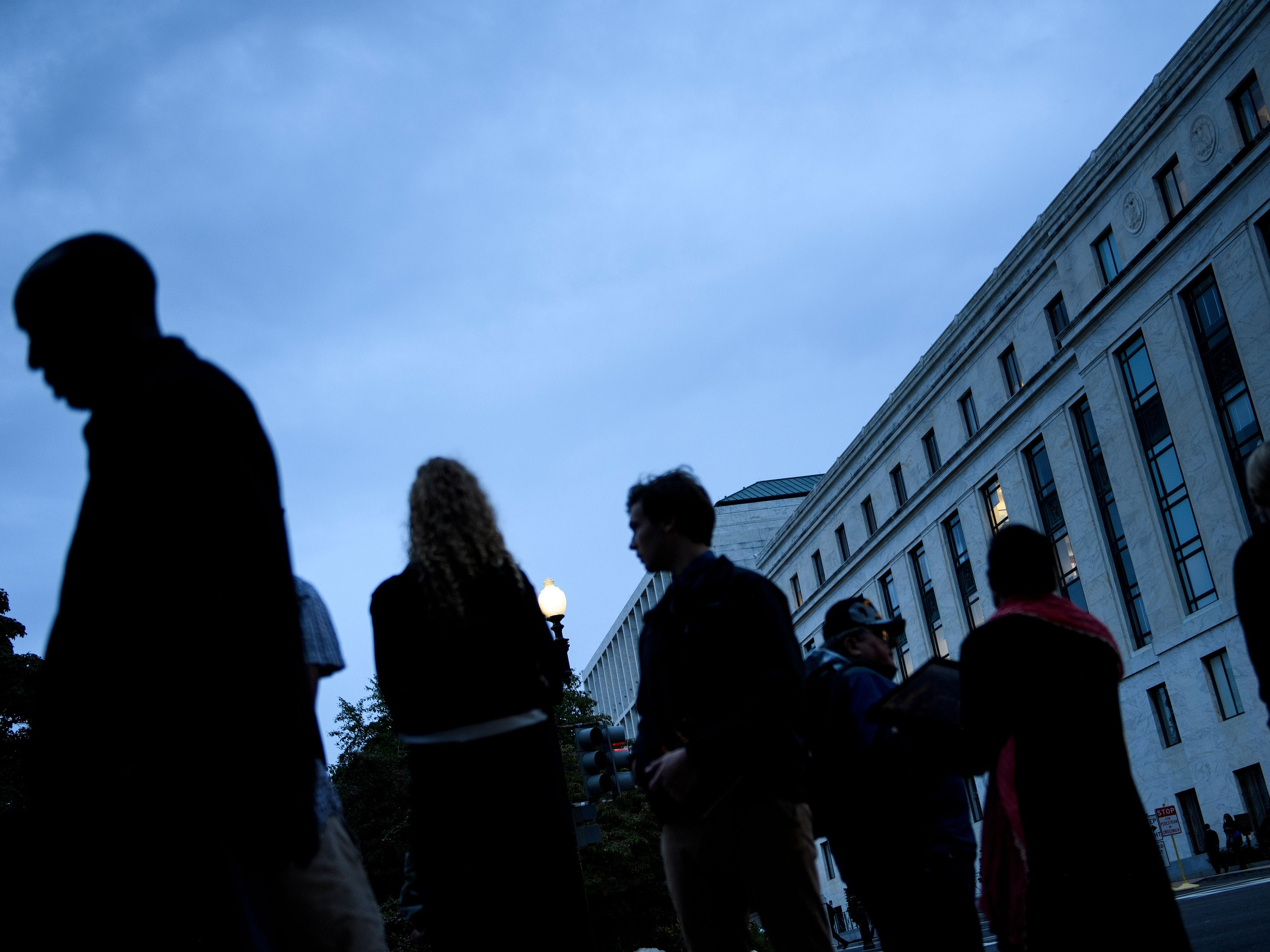 People line up outside the Dirksen Senate Office building before the US Senate Judiciary Committee holds a hearing with Judge Brett Kavanaugh and Dr. Christine Blasey Ford on Capitol Hill September 27, 2018 in Washington, DC. (Photo by Brendan Smialowski / AFP)BRENDAN SMIALOWSKI/AFP/Getty Images ORG XMIT: Christine ORIG FILE ID: AFP_19I28J