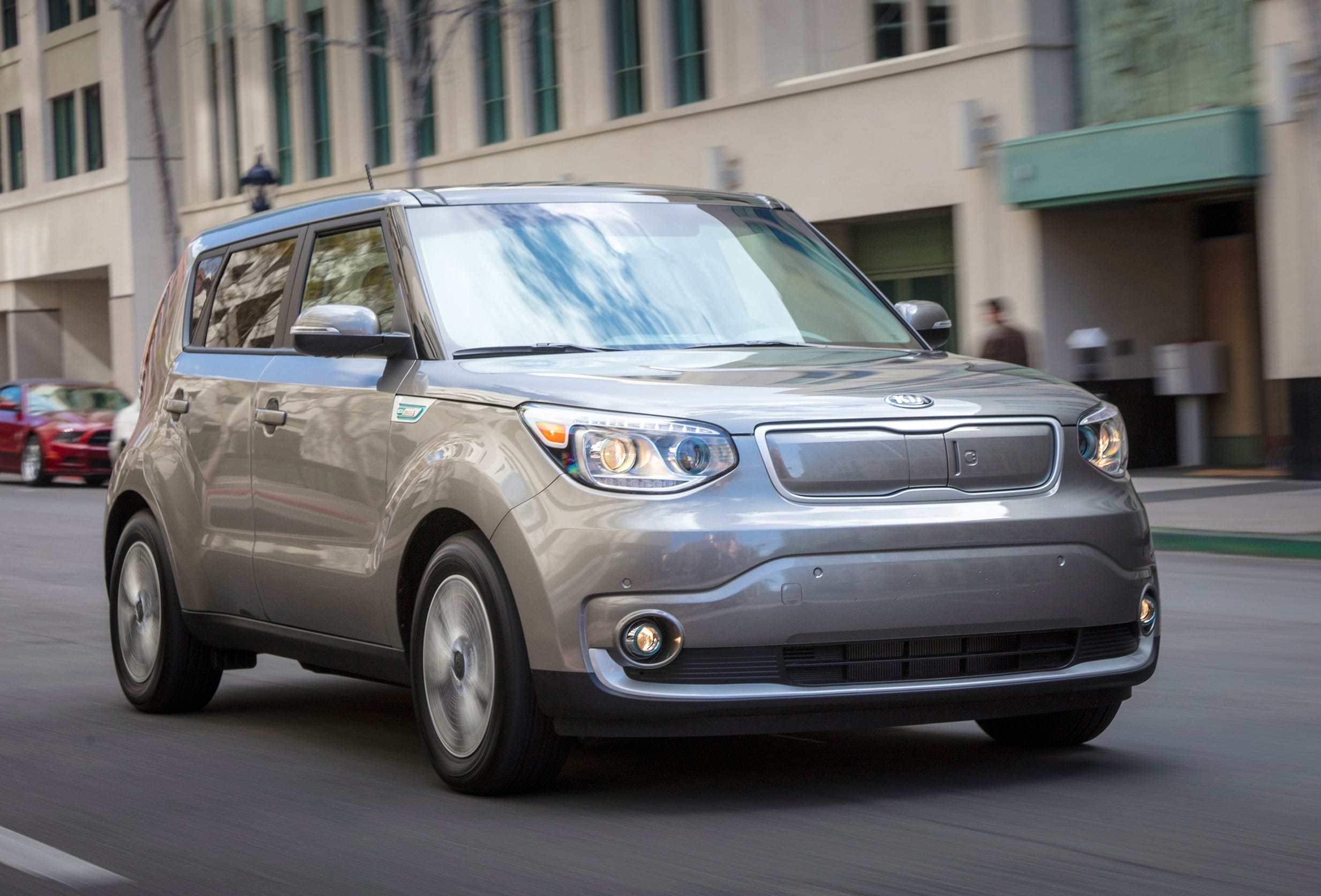 This undated photo provided by Kia shows the 2018 Kia Soul EV, an electric car that gets 111 miles of range on a charge. (Kia Motors America via AP)