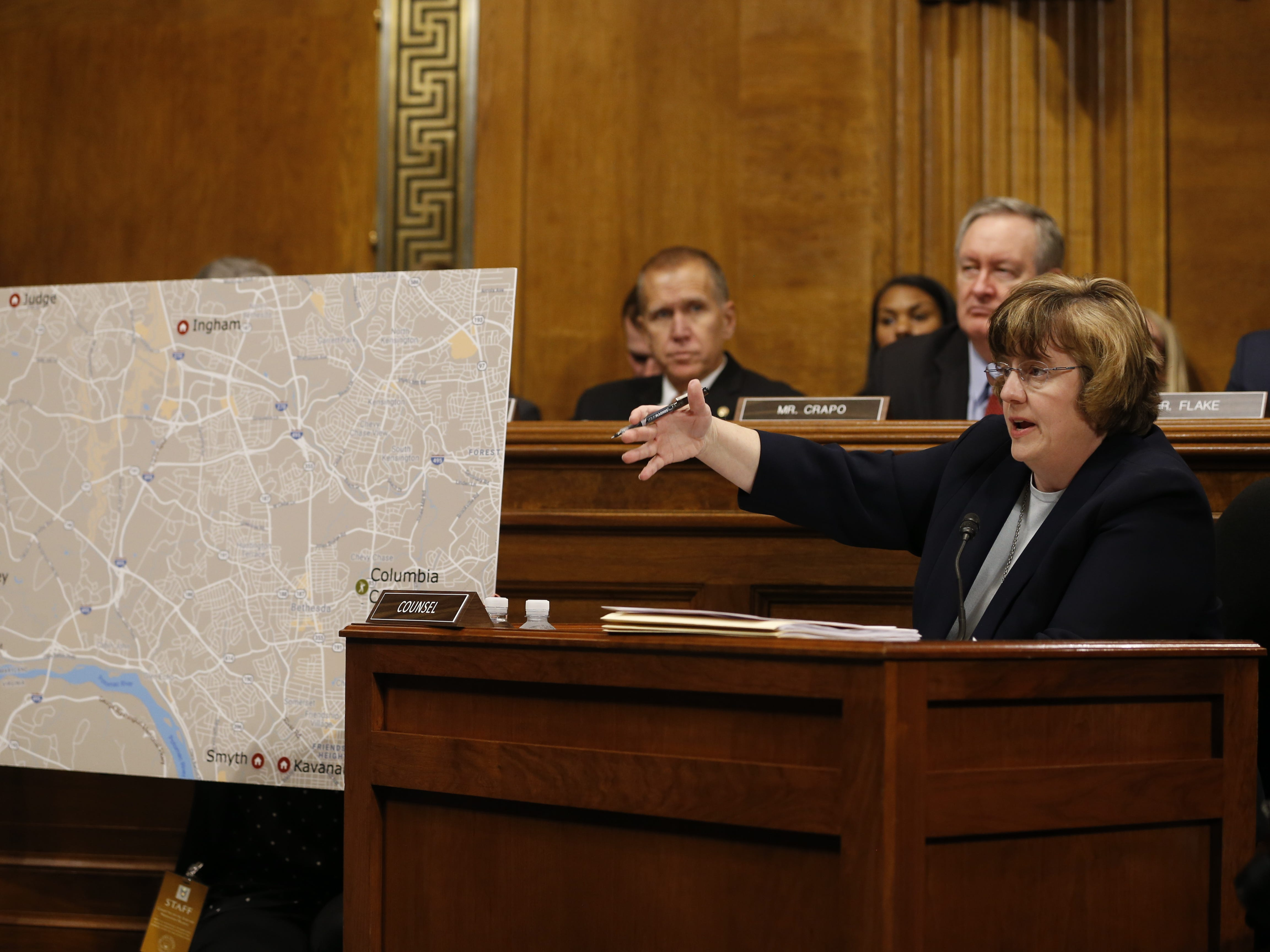 epa07051507 Republican prosecutor Rachel Mitchell (R) ask questions to Dr. Christine Blasey Ford (unseen) during the Senate Judiciary Committee hearing on the nomination of Brett Kavanaugh to be an associate justice of the Supreme Court of the United States, on Capitol Hill in Washington, DC, USA, 27 September 2018.US President Donald J. Trump's nominee to be a US Supreme Court associate justice Brett Kavanaugh is in a tumultuous confirmation process as multiple women have accused Kavanaugh of sexual misconduct.  EPA-EFE/MICHAEL REYNOLDS ORG XMIT: MRX033