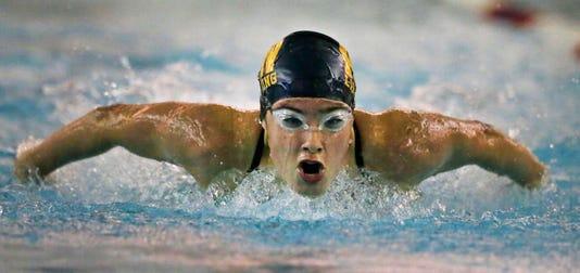 Apc Neenah Swimming 090517 Rbp1129 1