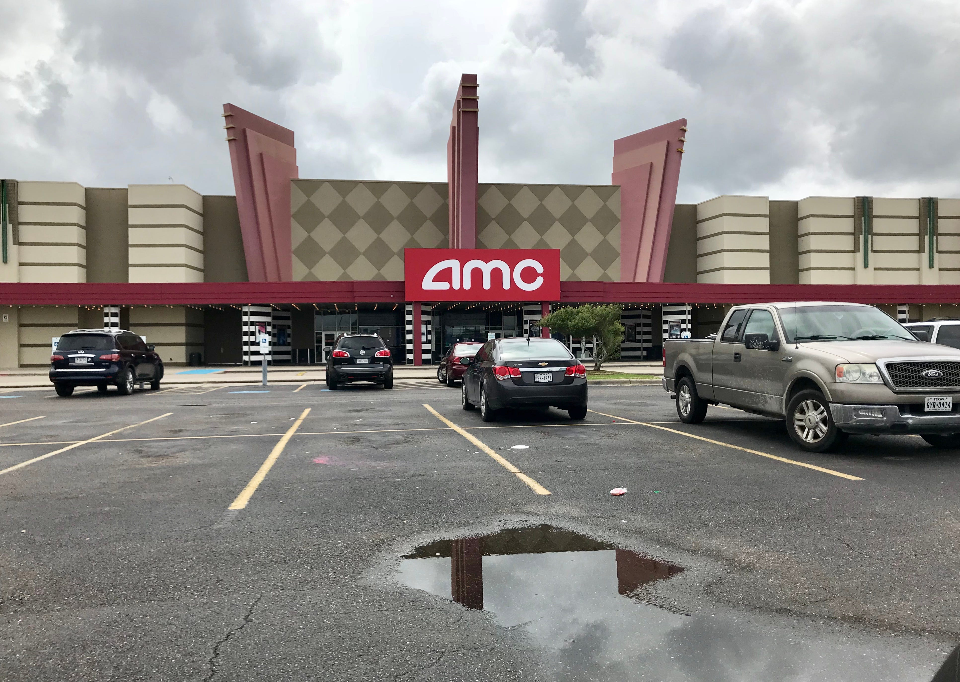 AMC theater shut down after 42 mice nabbed in traps