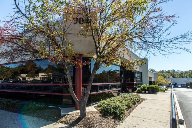 Oak Tree Business Center at 900-910 Oak Tree Road in South Plainfield.