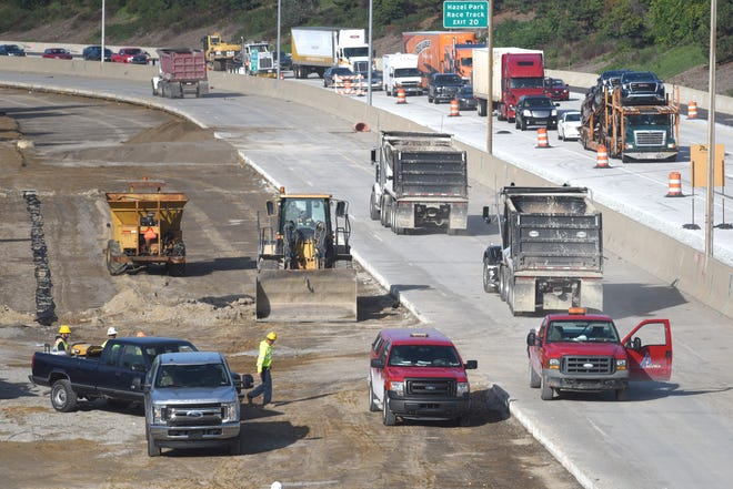 Road construction crews resume road work along I-696 near Ryan Road on Friday.