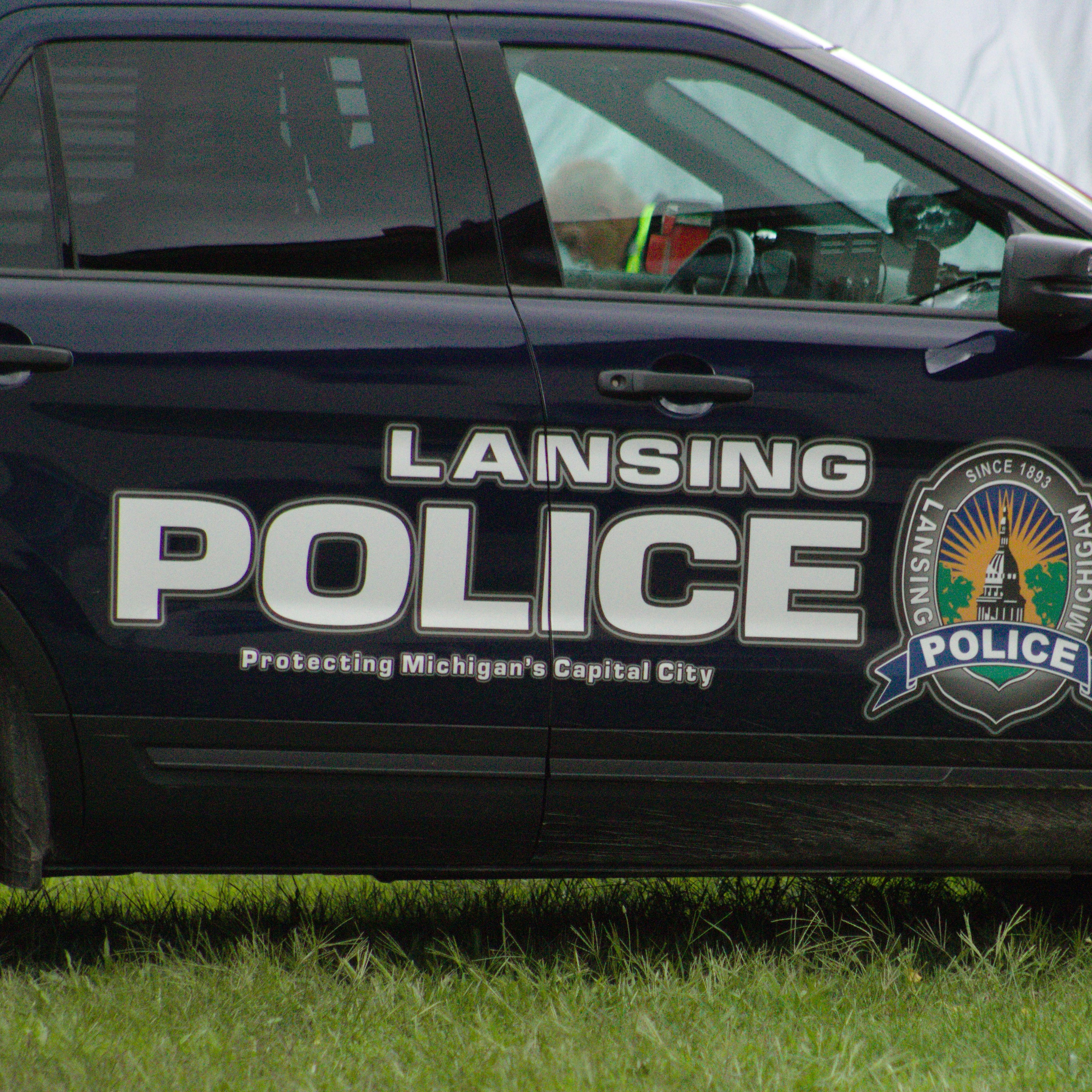 Dive team pulls body believed to be missing Lansing woman out of Grand River in Lansing