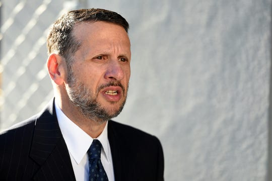 David Wildstein, former Port Authority appointee of New Jersey Gov. Chris Christie, enters the Martin Luther King Jr. Federal Courthouse in Newark on Monday morning, Seotember 26, 2016.  Wildstein will continue to testify in the Bridgegate trial.
