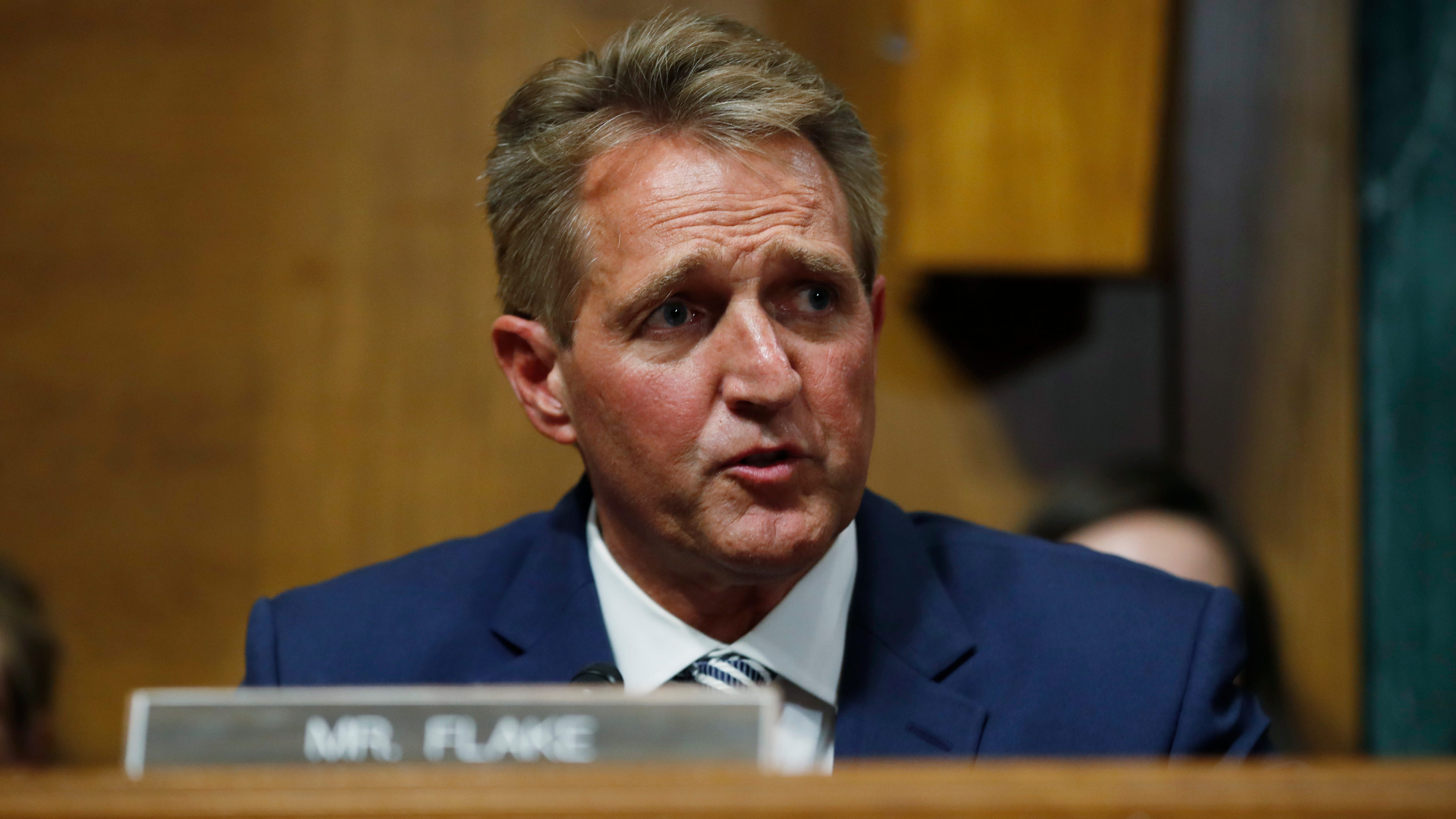 Diagnosis: How Jeff Flake seized the spotlight in Kavanaugh confirmation thumbnail