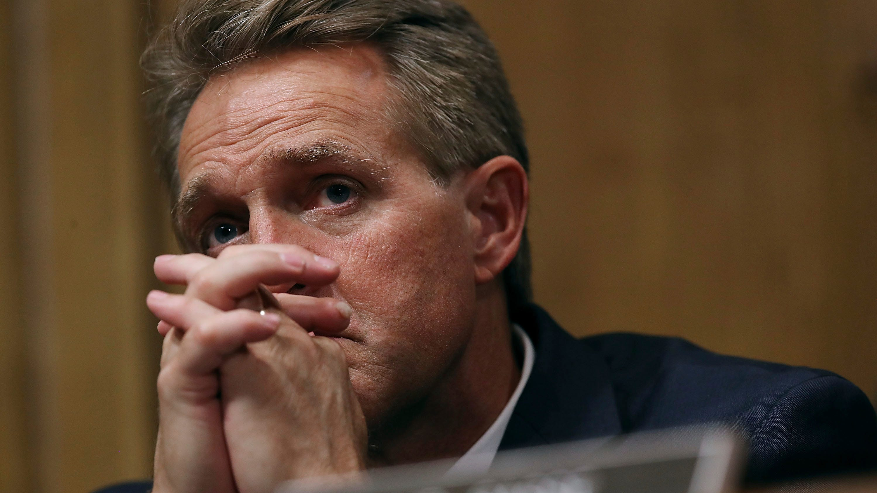 Twitter reaction to Jeff Flake's Kavanaugh vote: 'To Flake' now a political verb