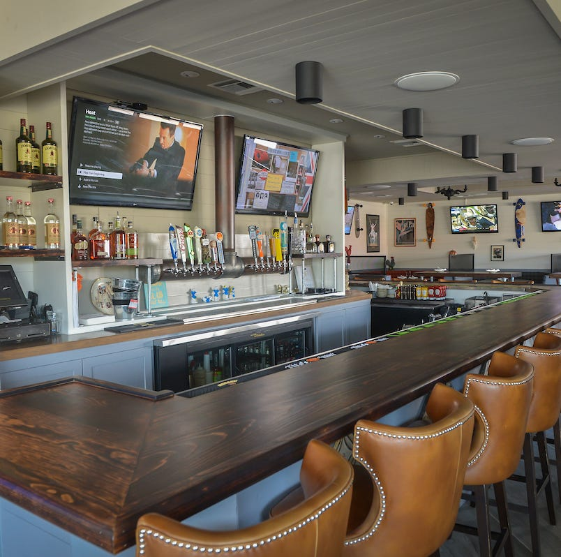High Dive bar and restaurant in Arcadia has closed. Here's what we know so far