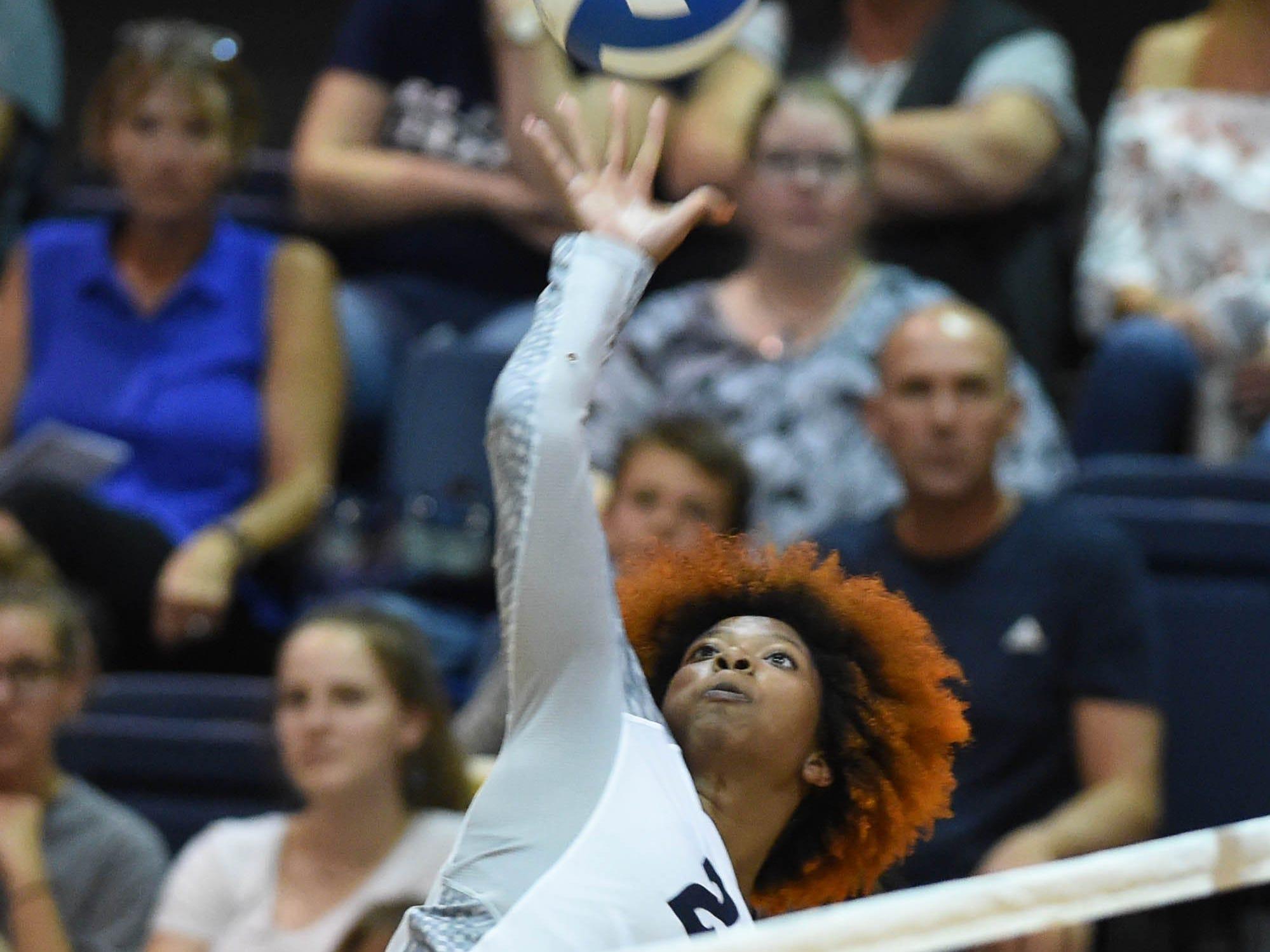 Photos: Nevada Volleyball Action