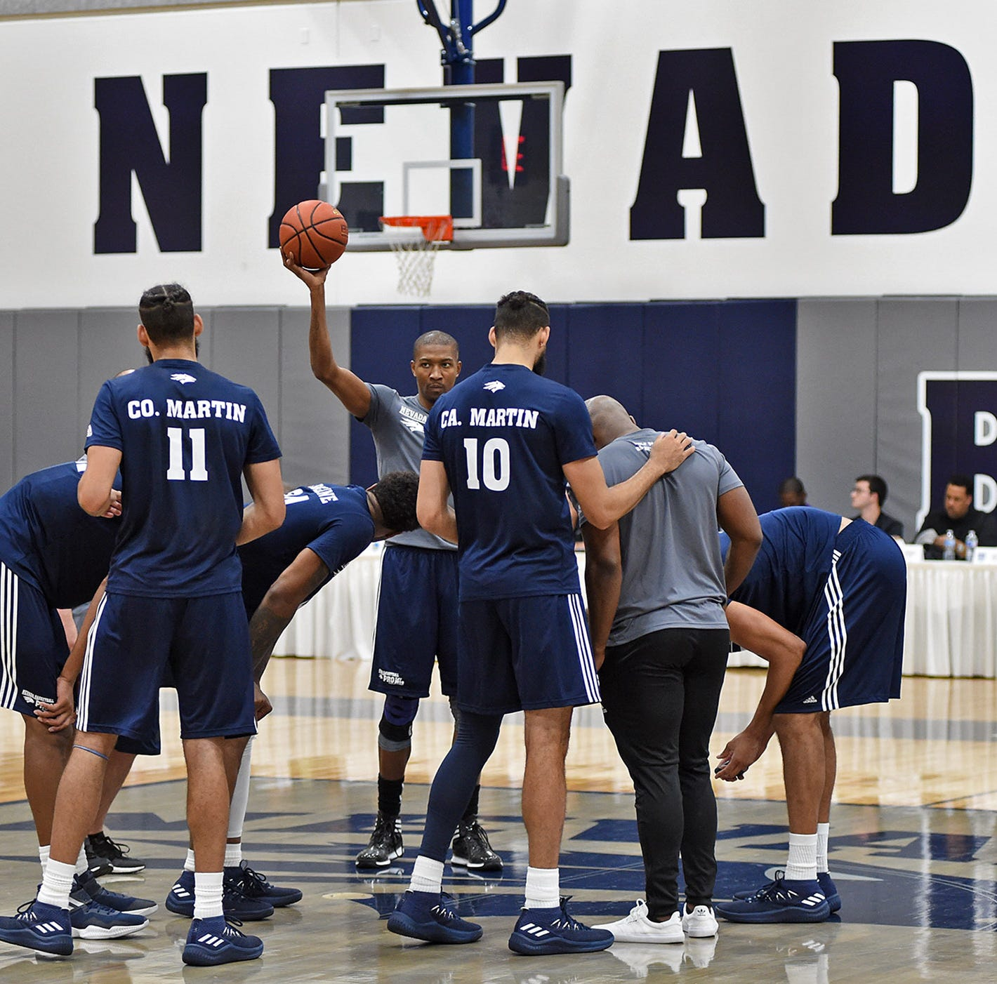 Wolf Pack basketball team makes public debut in Sunday exhibition game