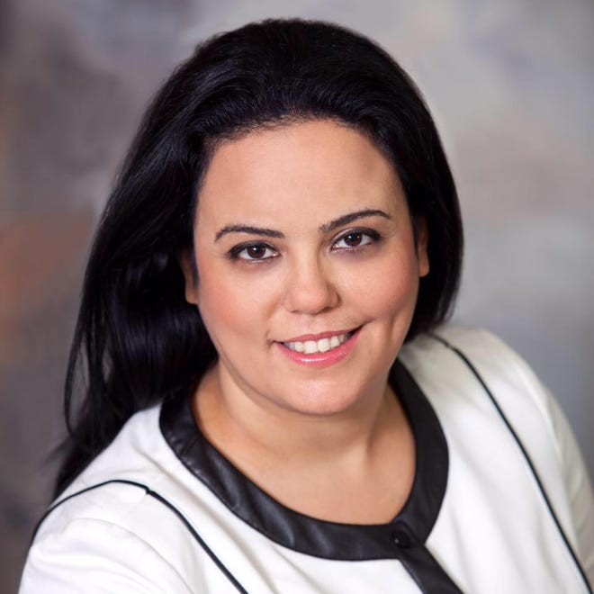 SimiValley Chamber of Commerce President/CEO Rana Ghadban has announced her resignation effective Nov. 28to become president/CEO ofthe Hollywood Chamber of Commerce.