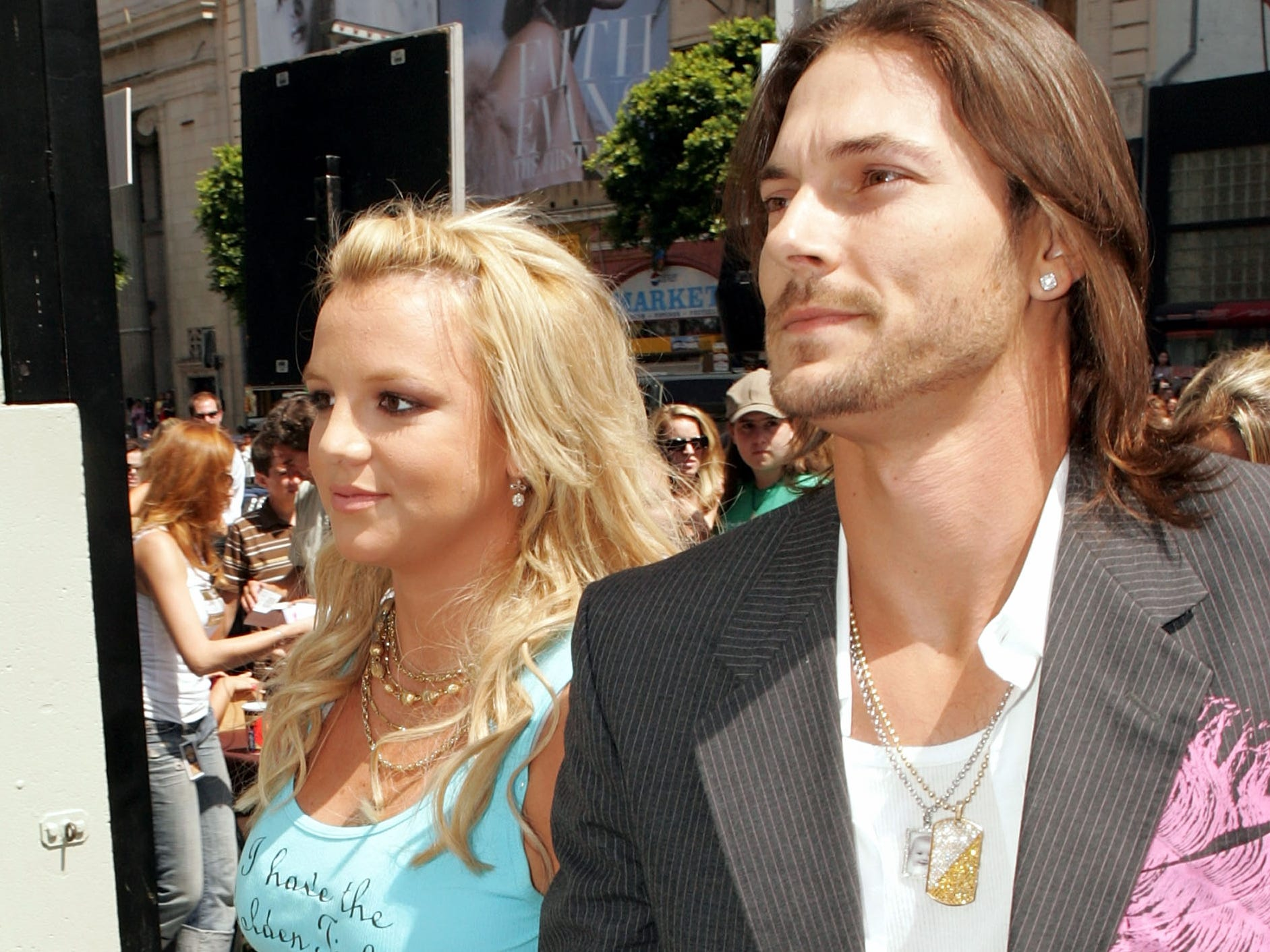HOLLYWOOD - JULY 10:  Singer Britney Spears (L) and husband Kevin Federline arrive at the Warner Bros. Premiere of Charlie and the Chocolate Factory at the Grauman's Chinese Theatre on July 10, 2005 in Hollywood, California.  (Photo by Kevin Winter/Getty Images) (Via MerlinFTP Drop)