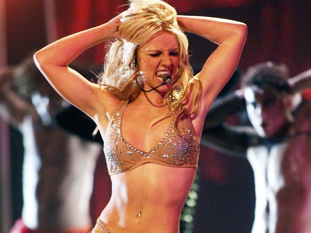 Britney Spears The 2000 MTV Video Music Awards Radio City Music Hall New York City, New York USA September 7, 2000 --- DATE TAKEN: rec'd 08/03  By Kevin Mazur   MTV via WireImage        HO      - handout ORG XMIT: ZX3653