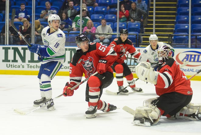 Binghamton Devils played at the Utica Comets on Friday in a preseason game.