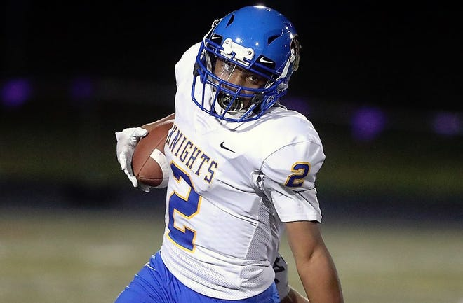 Rasheed Joiner scored three touchdowns in Bremerton's 28-27 win over North Mason.