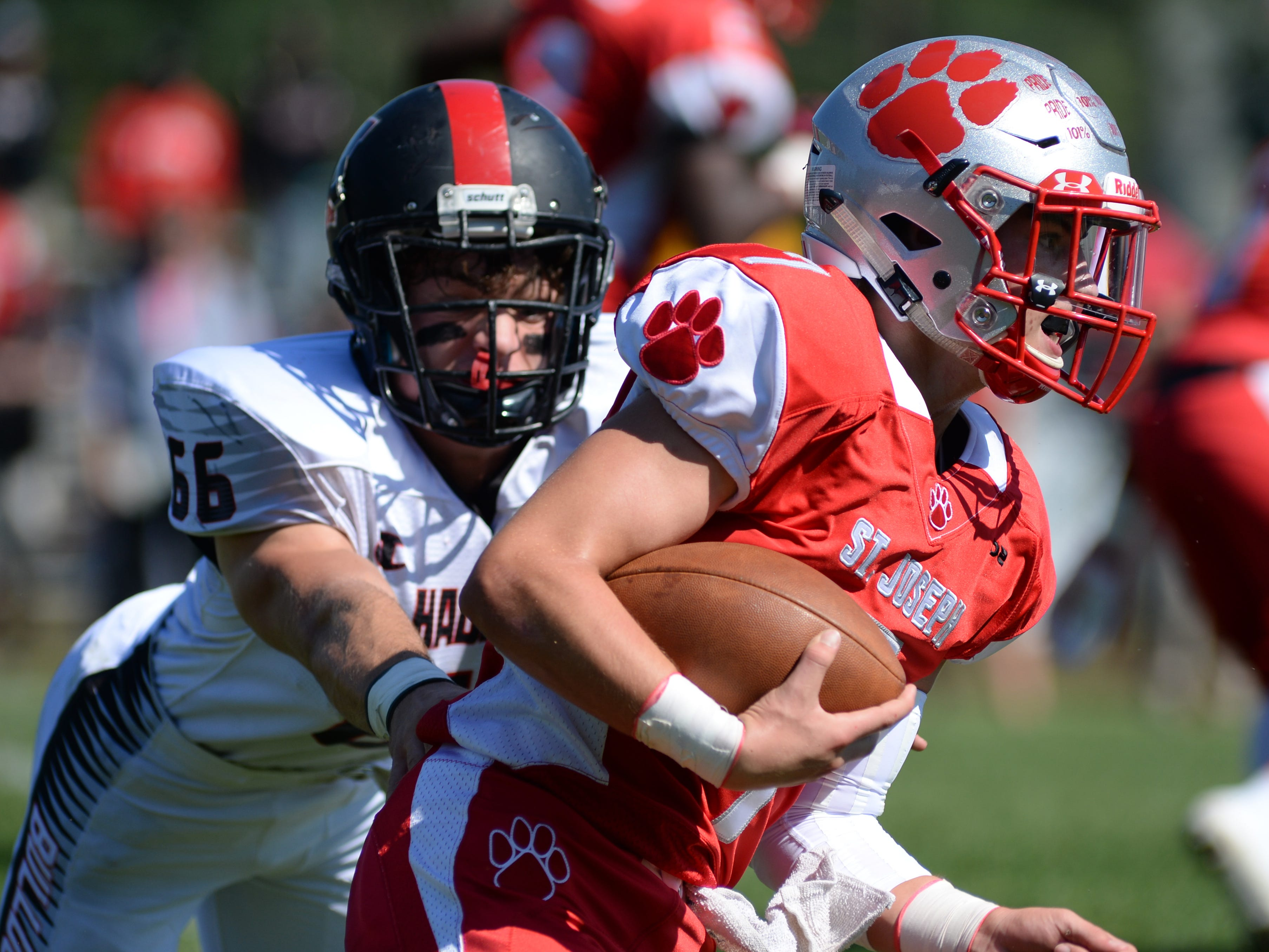 St. Joseph's Jayden Shertel carries the ball during the first half of Saturday's game against Haddonfield, Sept. 29, 2018.