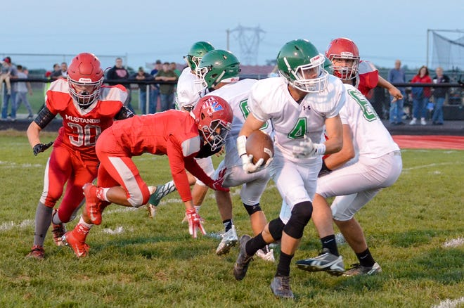 Huntington defeated Piketon Friday night 24-22 at Piketon High School.