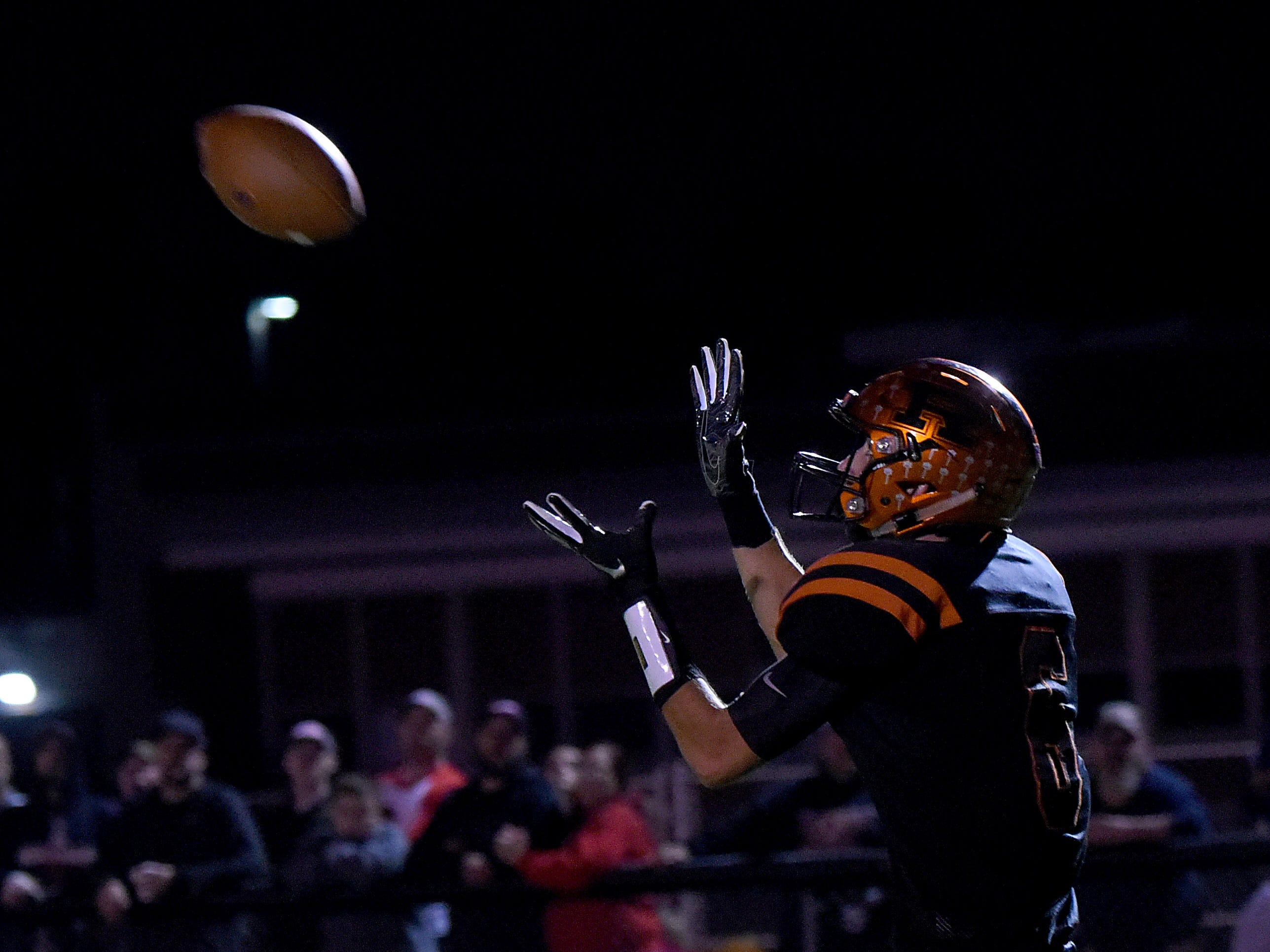 Ridgewood junior wide receiver Connor Kunze catches a touchdown pass during Friday night's game against Indian Valley. The Generals won 34-22.