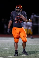 Belleville offensive lineman Devontae Dobbs signs with Michigan State football. He's the lone 5-star recruit in the Spartans' 2019 class.