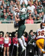 Brandon Sowards makes a catch against Central Michigan last season.