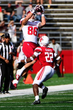 Peyton Hendershot grabs a clutch fourth-down pass late in IU's win over Rutgers.