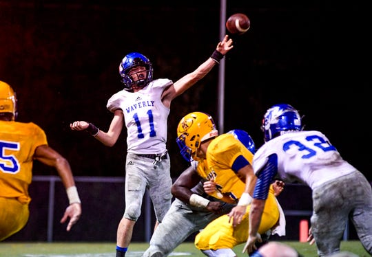 Waverly Central quarterback Gavin Stanfield (11)