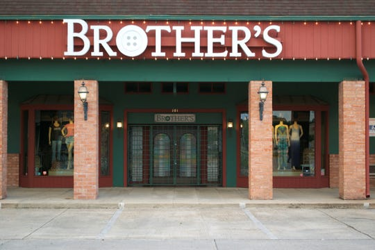 Brother's on the Boulevard storefront