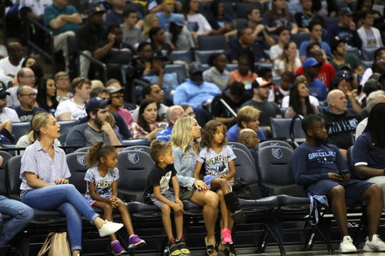 Fans watch the Grizzlies open practice and scrimmage for fans at the FedExForum on Saturday, Sept. 29, 2018.