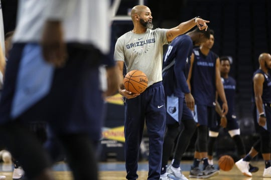 Head Coach J.B. Bickerstaff signals to his team during the Grizzlies open practice and scrimmage for fans at the FedExForum on Saturday, Sept. 29, 2018.