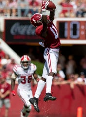 Alabama wide receiver Henry Ruggs, III, (11) catches a pass against Louisiana in first half action at Bryant-Denny Stadium in Tuscaloosa, Ala., on Saturday September 29, 2018.