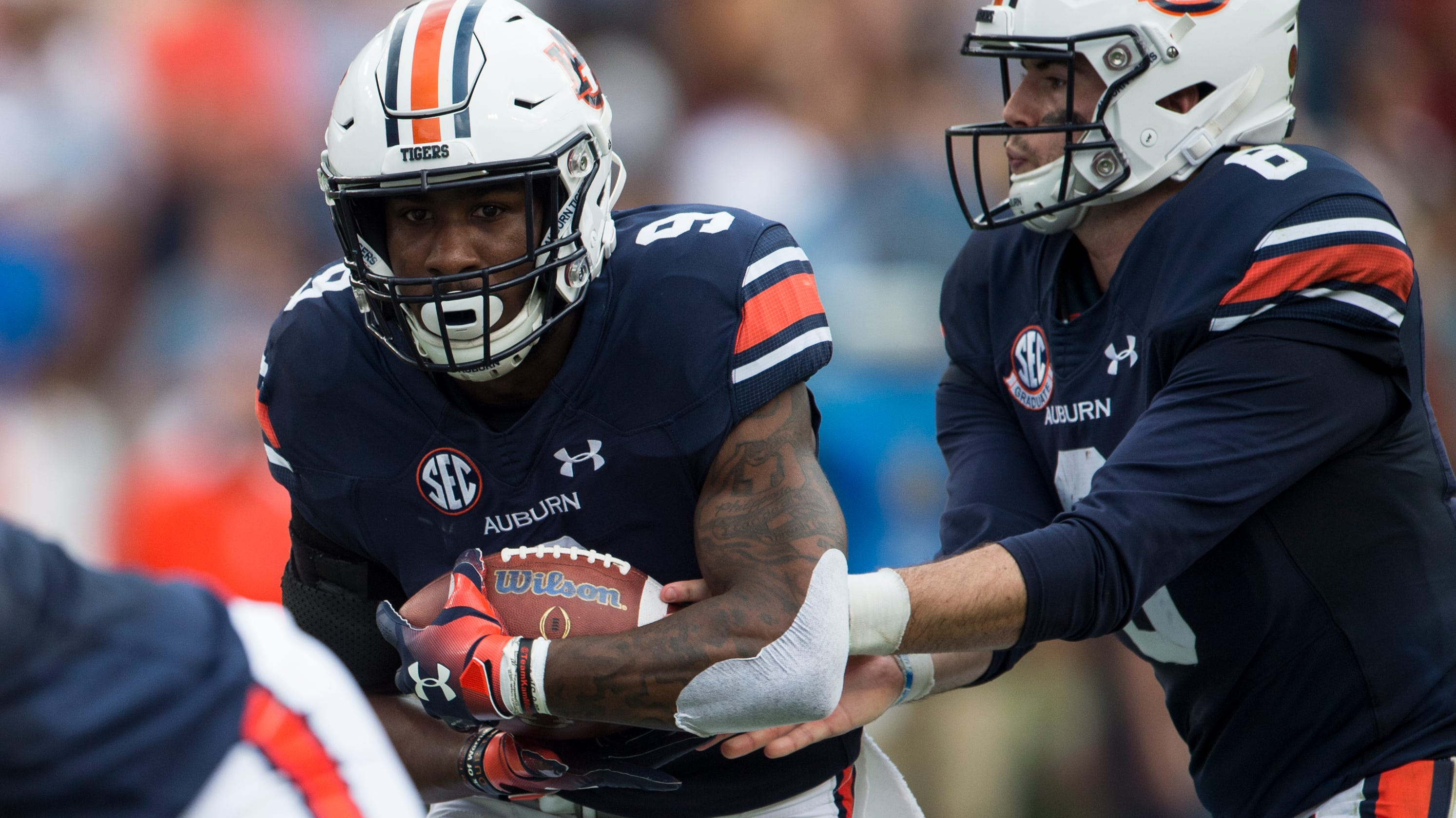 ea7e354cf78bae Auburn s struggles on offense leave with barely a passing grade