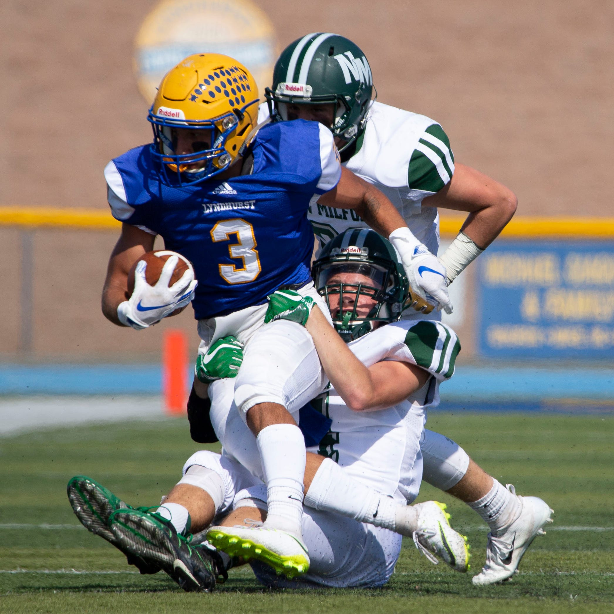 Lyndhurst vs. Rutherford football : Keys to the game