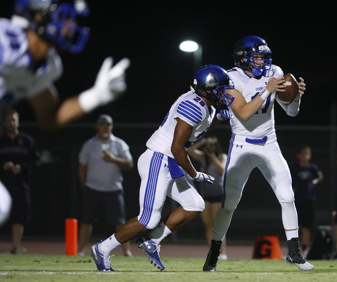 Chandler's Jacob Conover (17) takes a snap against Perry at Perry High School in Gilbert, Ariz. on Sept. 28, 2018.  #azhsfb