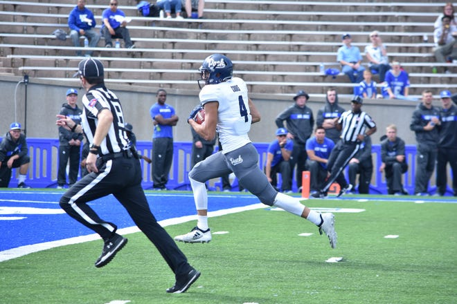 Wolf Pack receiver Elijah Cooks scored two touchdowns against Air Force.