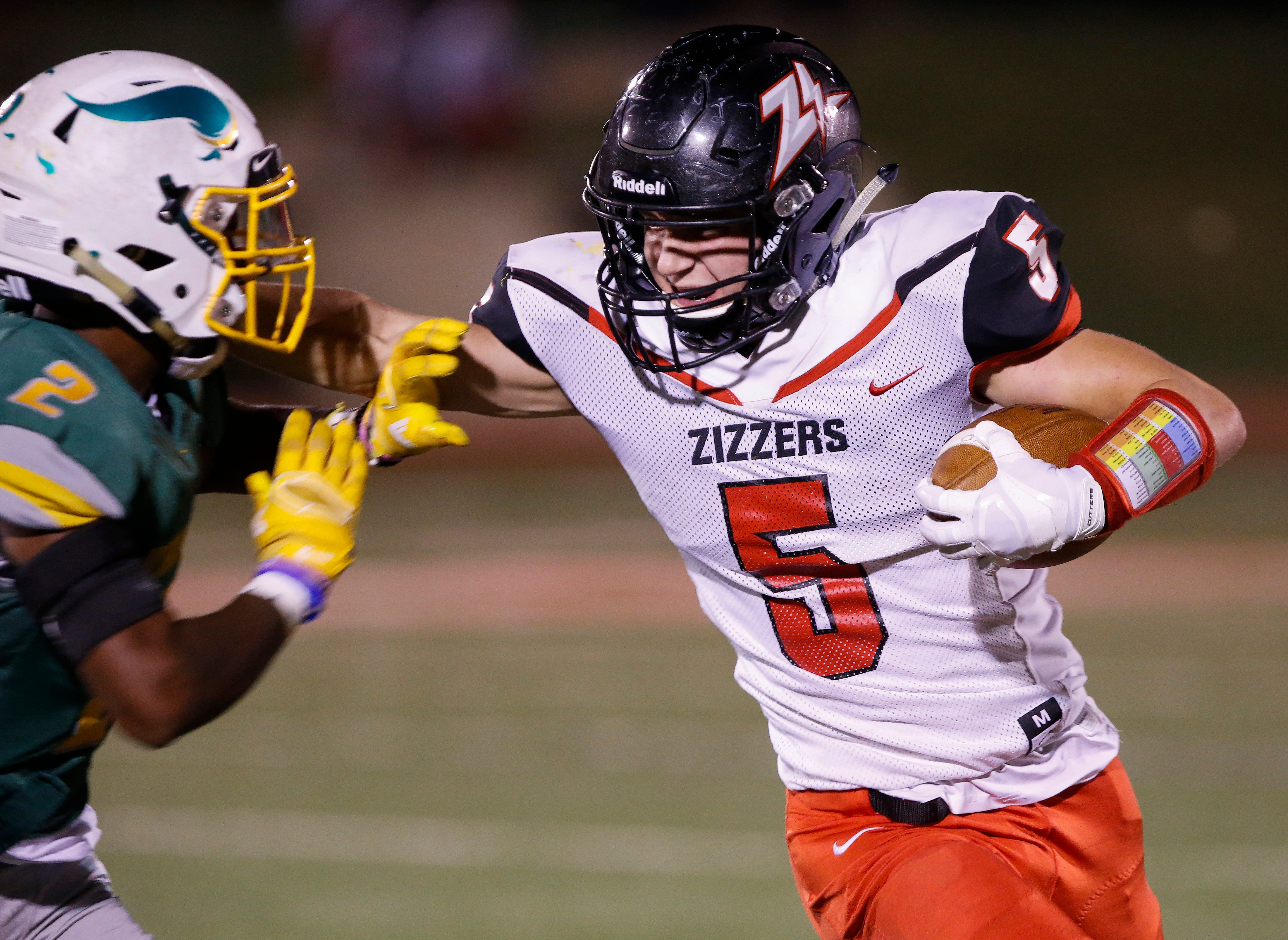 Scenes from the West Plains and Parkview football game at Parkview High School on Friday, Sep. 28, 2018.