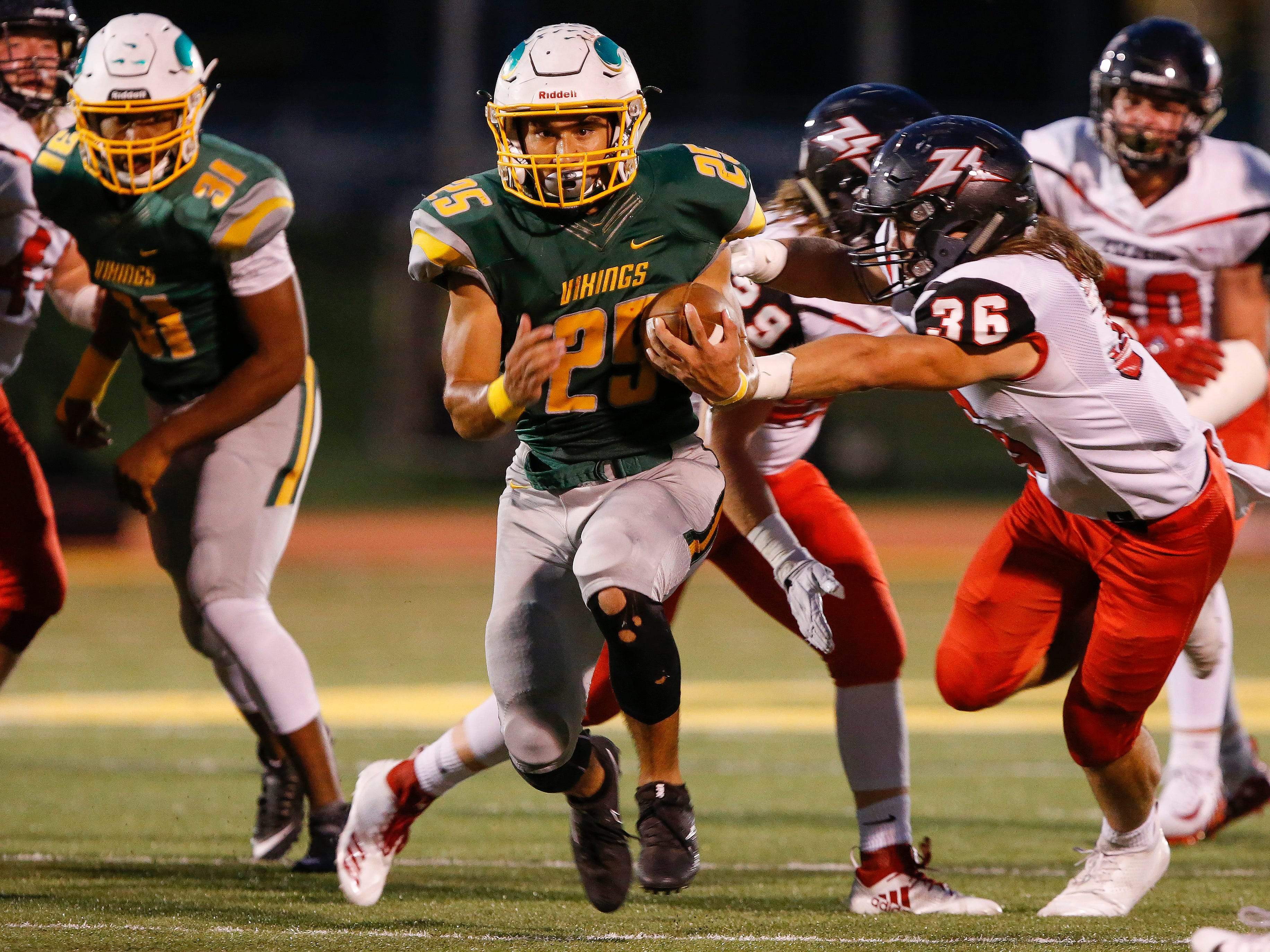 Scenes from the West Plains and Parkview football game at Parkview High School on Friday, Sept. 28, 2018.