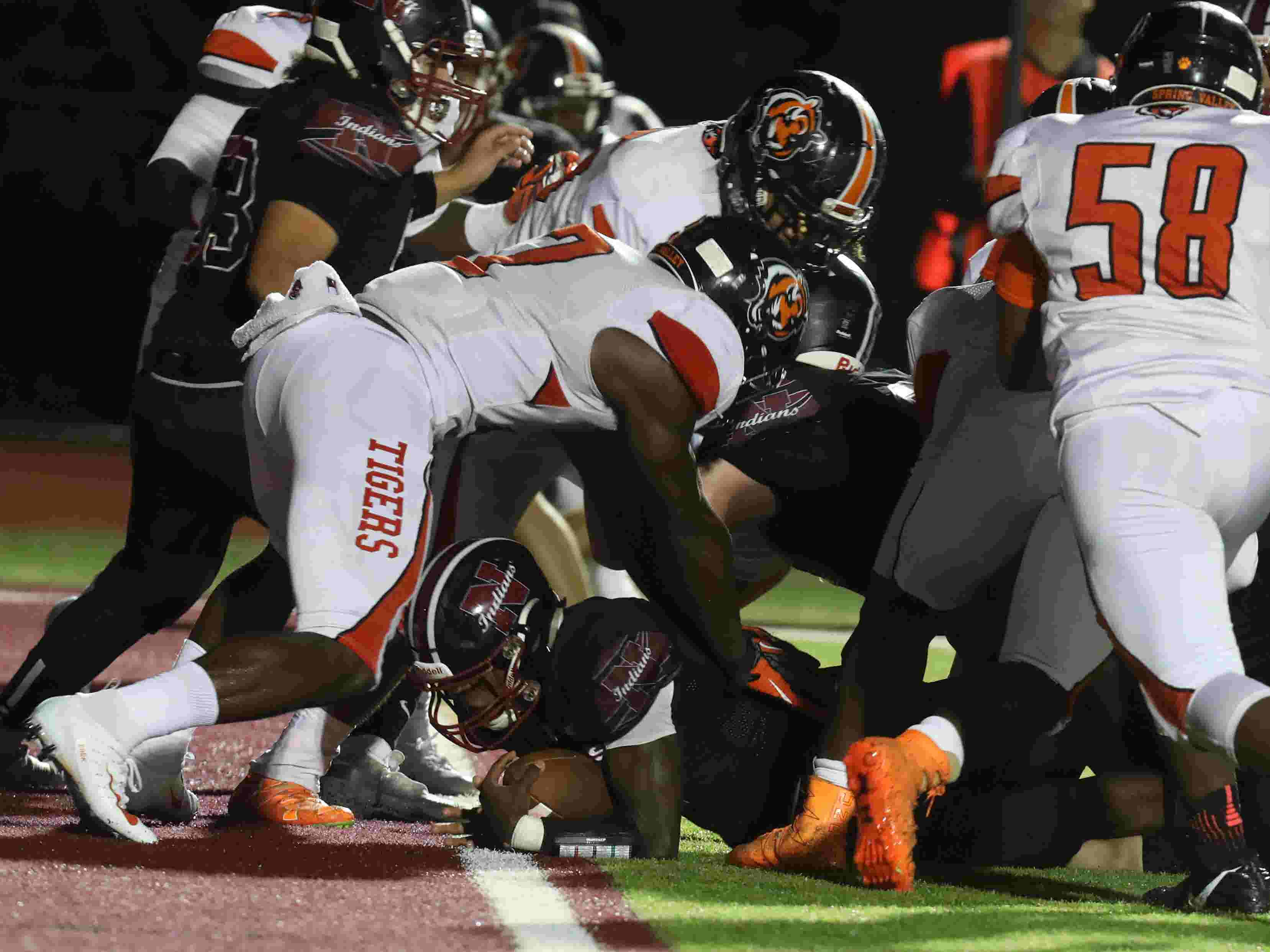 Football Nyack Holds Off Spring Valley Likely Loses Qb For Season