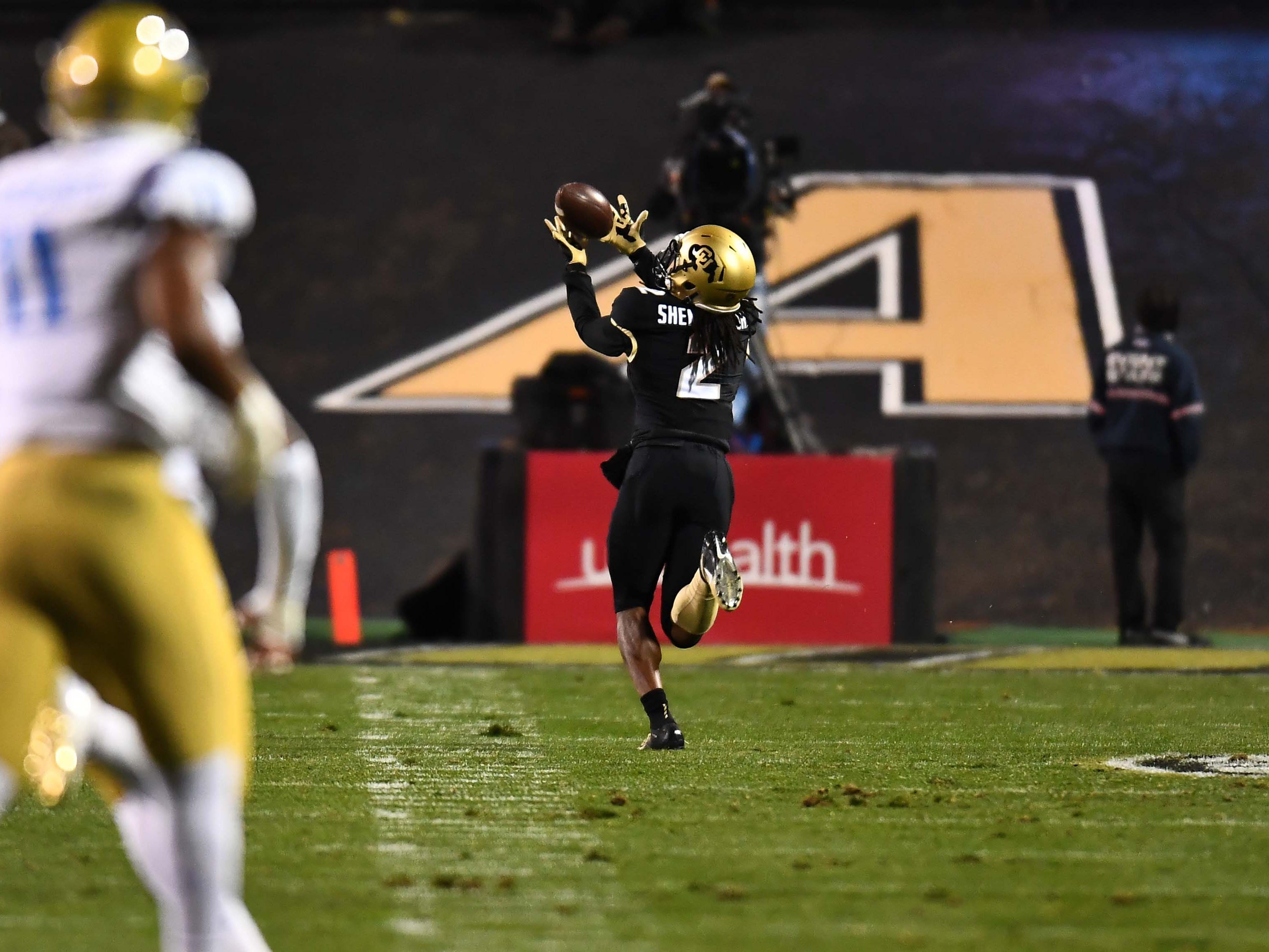 Colorado Buffaloes wide receiver Laviska Shenault Jr. (2) pulls in a 57-yard touchdown touchdown pass in the first quarter against the UCLA Bruins at Folsom Field.