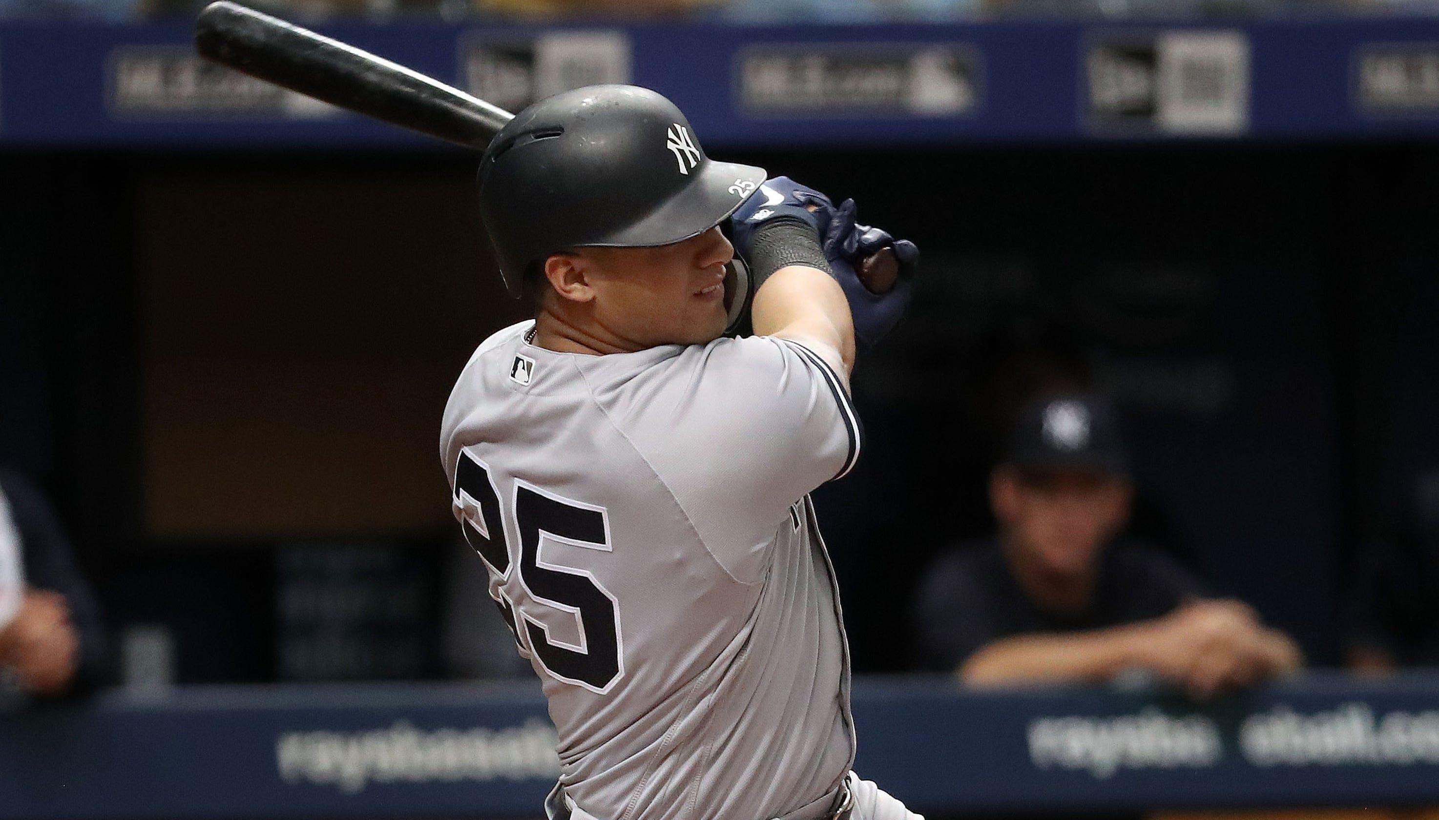 New York Yankees eclipse single-season home run record