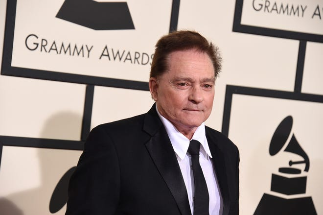 Marty Balin arrives at the 58th annual Grammy Awards in 2016.