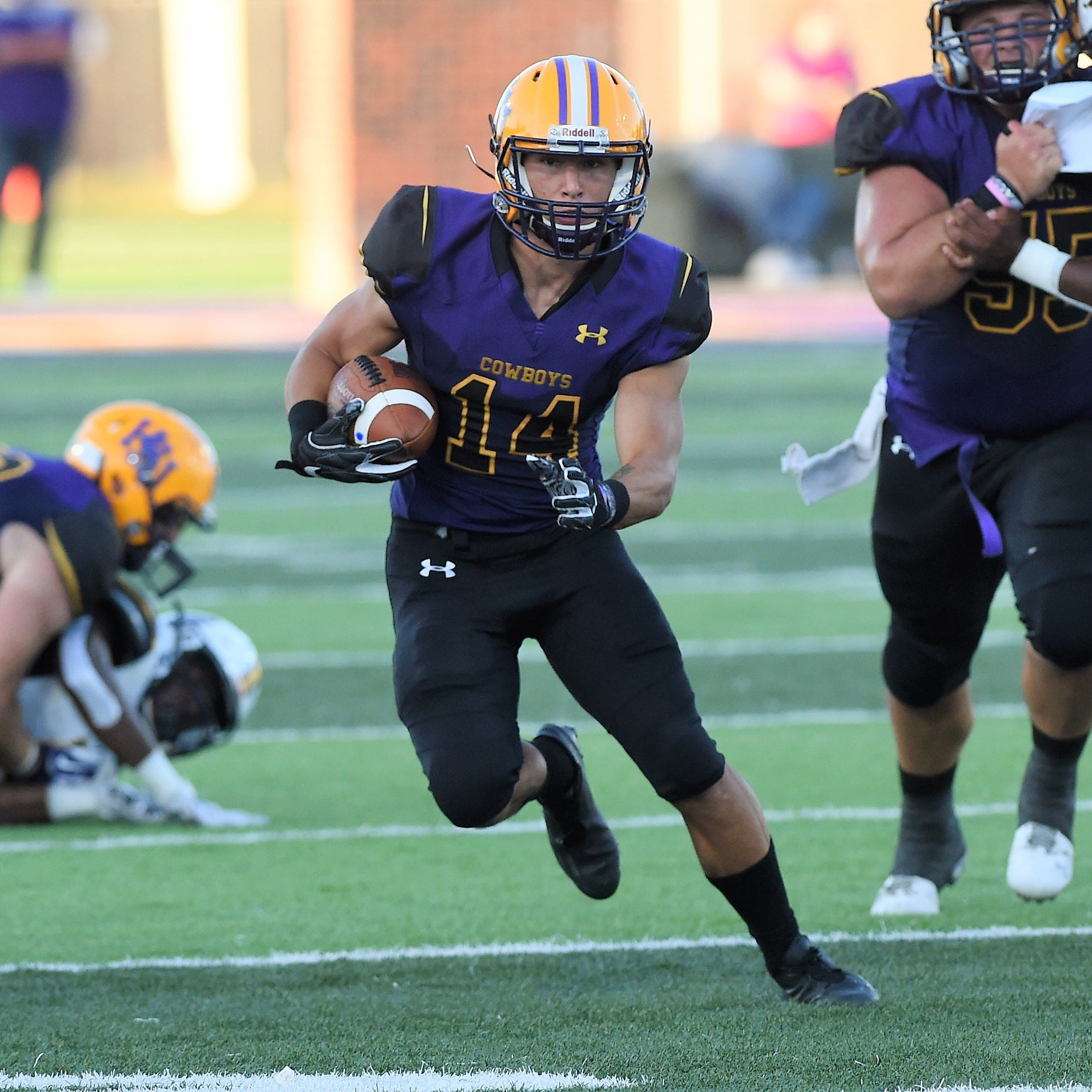 Former Coleman QB Bryson Hammonds finding ways to contribute to Hardin-Simmons football team