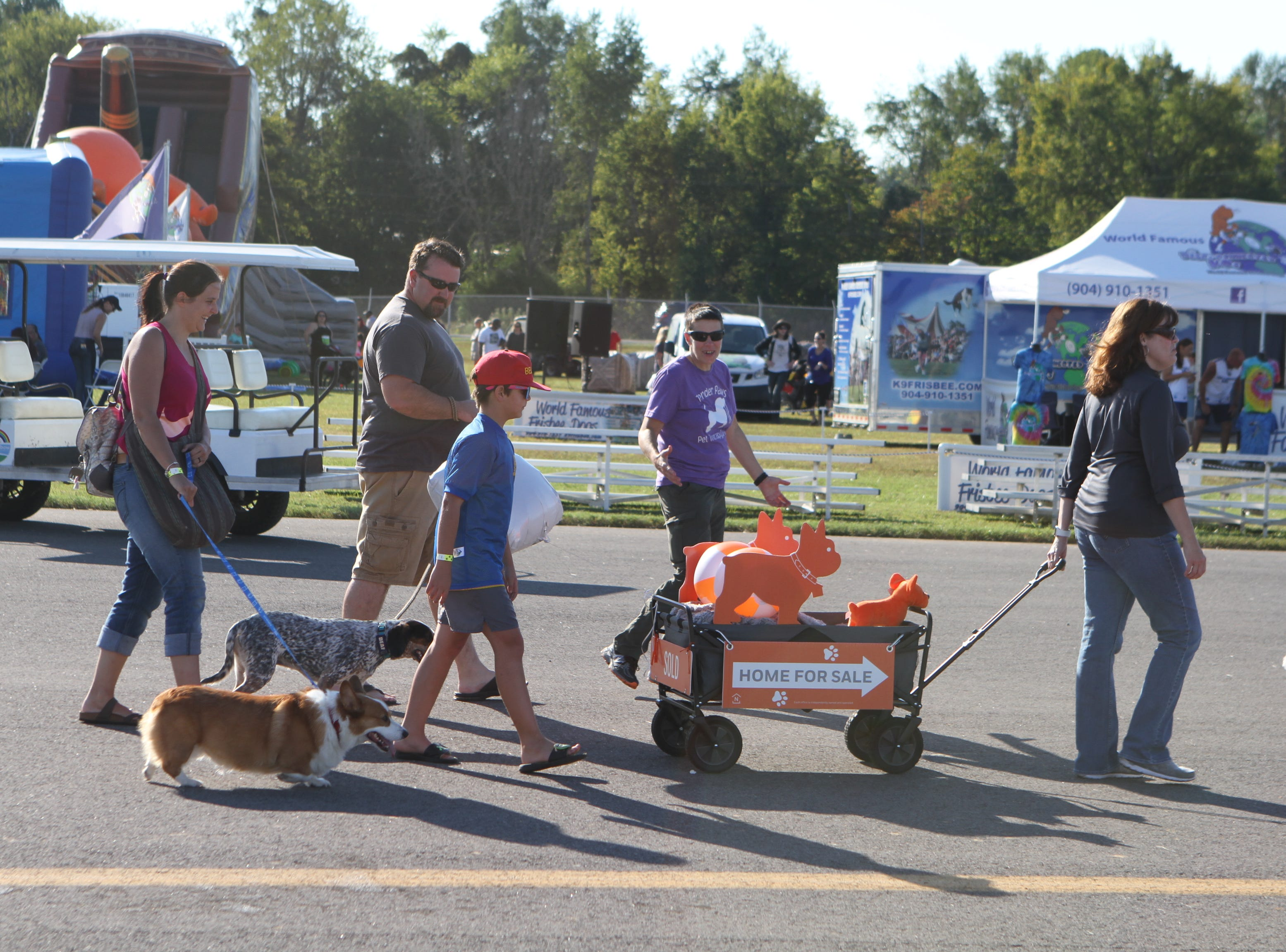 Wags and Wings, a family fun and Oktoberfest event to benefit the Humane Society of Clarksville-Montgomery County, was presented by Fortera Credit Union Saturday, Sept. 29, 2018.